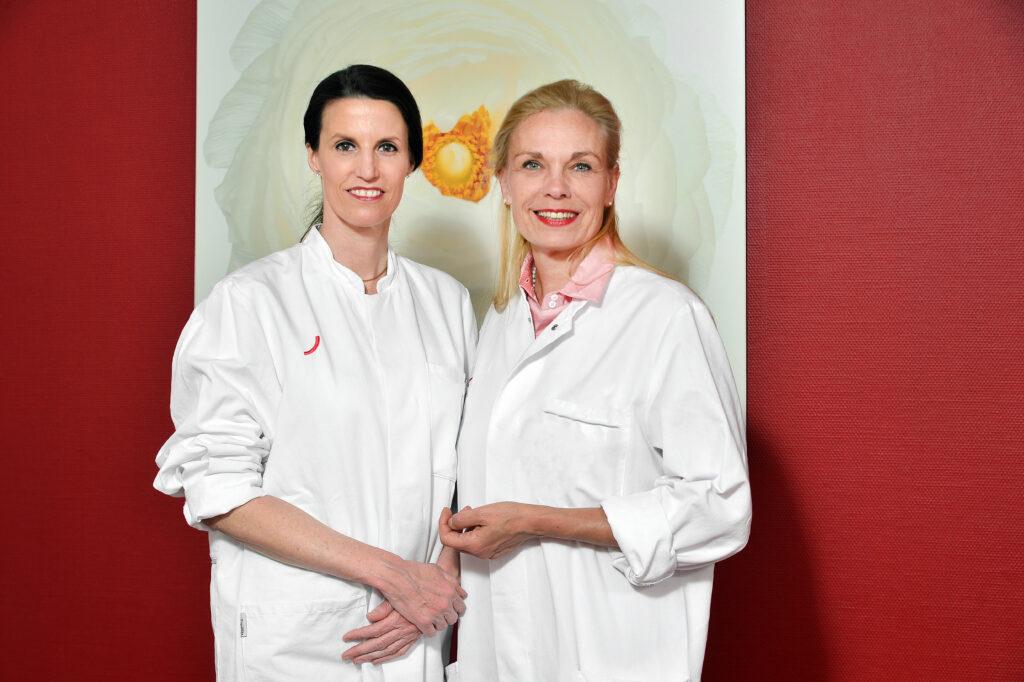 Dr. Claudia Gerber-Schäfer & Dr. Marion Paul leiten als erste weibliche Doppelspitze gemeinsam das Brustzentrum am Berliner Klinikum am Urban.
