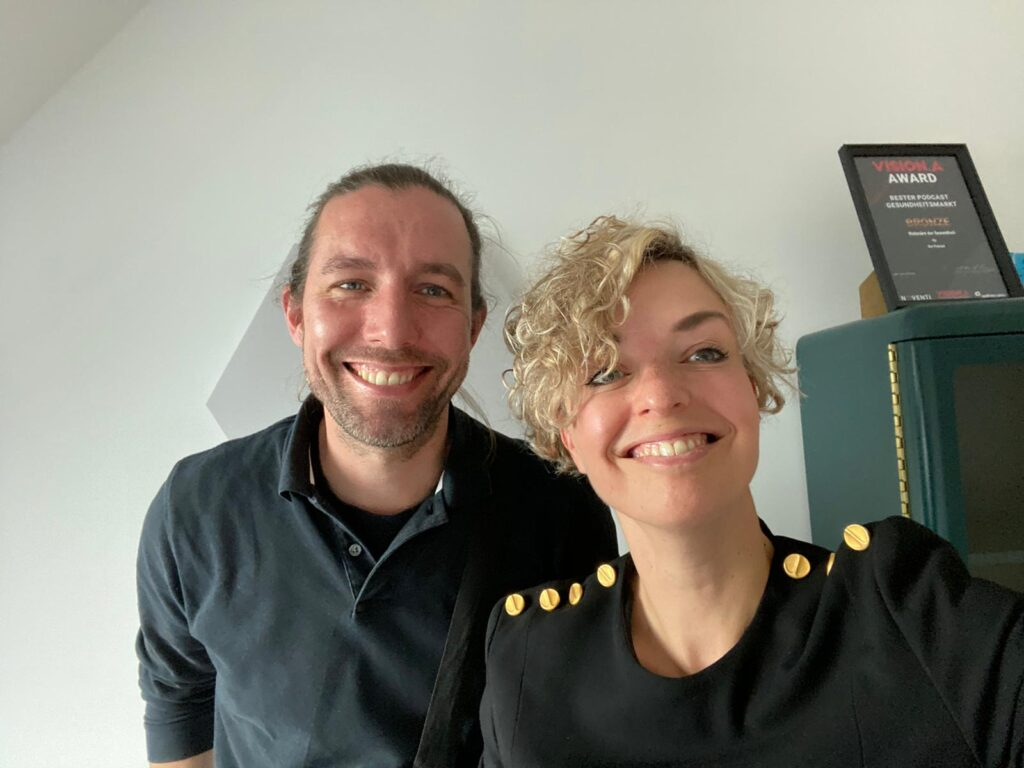 Lutz und Inga im Podcast Studio